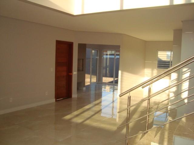 Casa residencial 3 dormit rios bairro universit rio for Dormitorio universitario